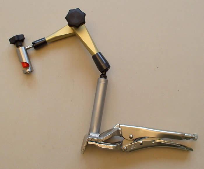 Hydraulický kĺbový držiak do 460 mm
