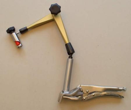 Hydraulický kĺbový držiak do 560