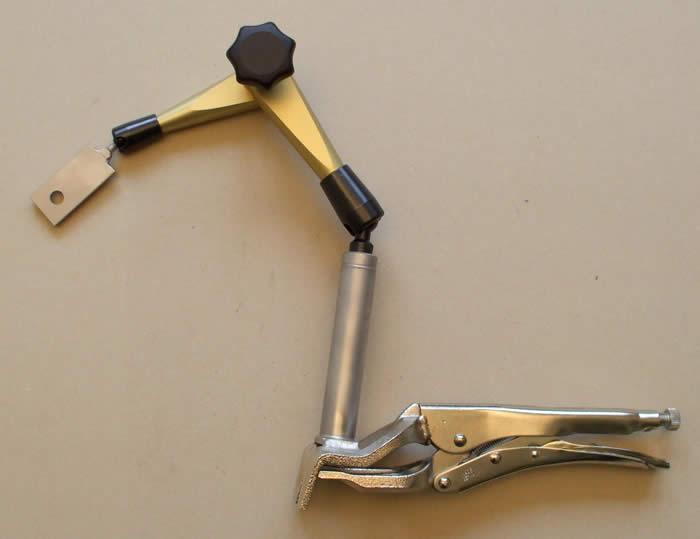 Kĺbový držiak hydraulický do 460 mm