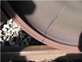 Meranie zvyškových napätí v ráfikoch železničných kolies Slovcert